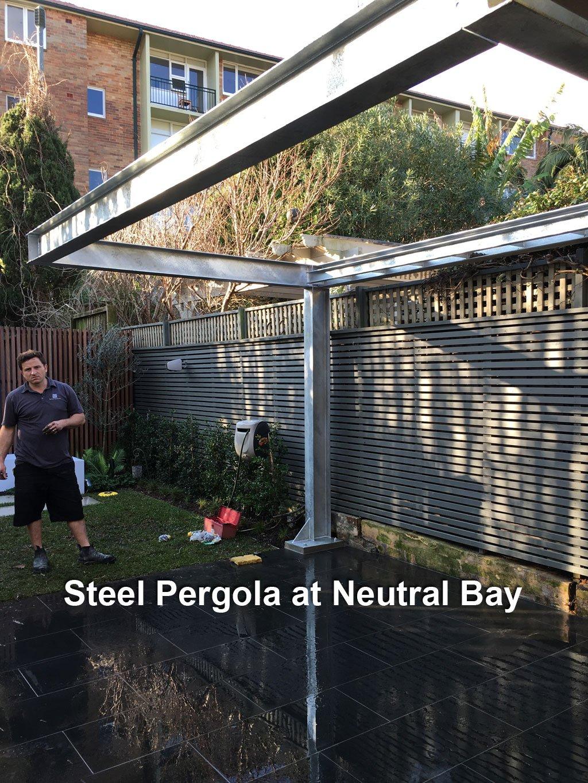 Steel-Pergola---Neutral-Bay-1